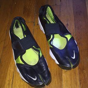 Nike Sneaks.